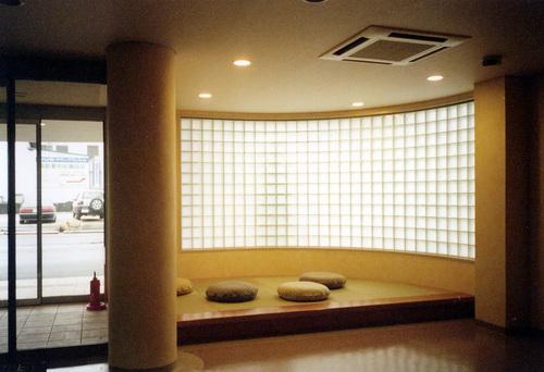 待合室2(タタミ部分)